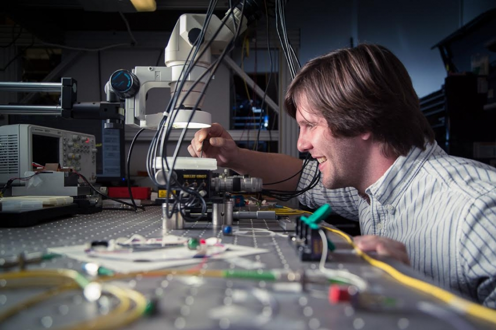 Cutting edge photonics research