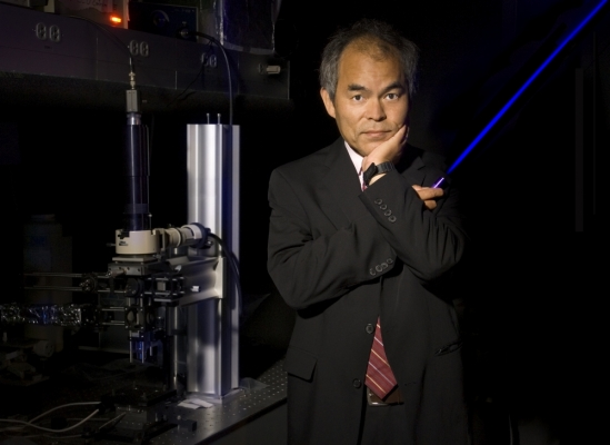 UCSB Professor Shuji Nakamura wins Nobel Prize in Physics