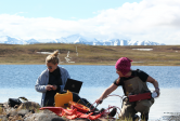 researchers at Toolik Field Station