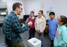 5th-grade chemistry outreach