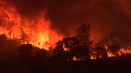 A wall of fire in southern Calfornia