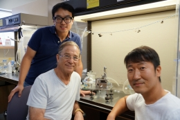 photo of researchers behind self-healing polymers