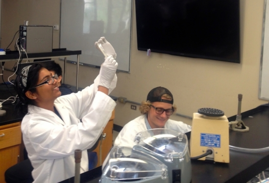 RUMBLE students in a lab