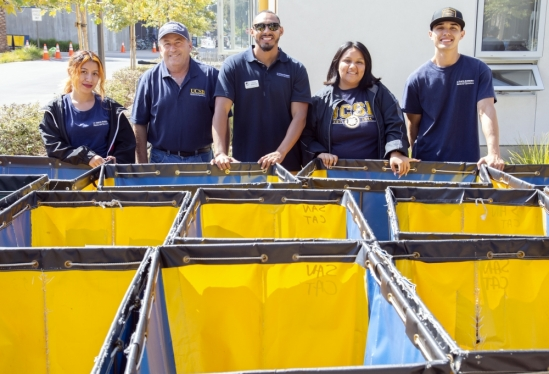 UC Santa Barbara staff and volunteers for 2018 Move-In Weekend