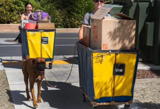 Even the family dog helps during UC Santa Barbara 2018 Move-In Weekend