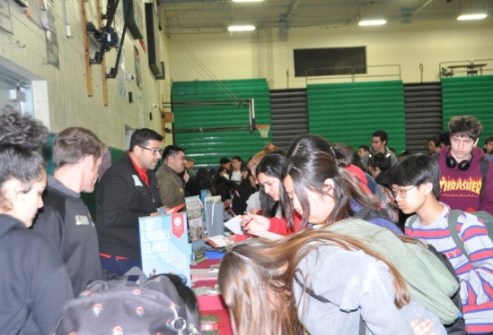 The Early Academic Outreach Program hosts Higher Education Week for high school seniors