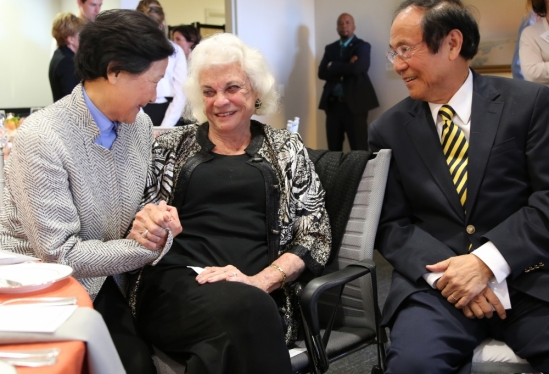 Sandra Day O'Connor-Chancellor and Dilling Yang
