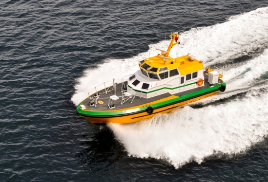 pilot boat and wake